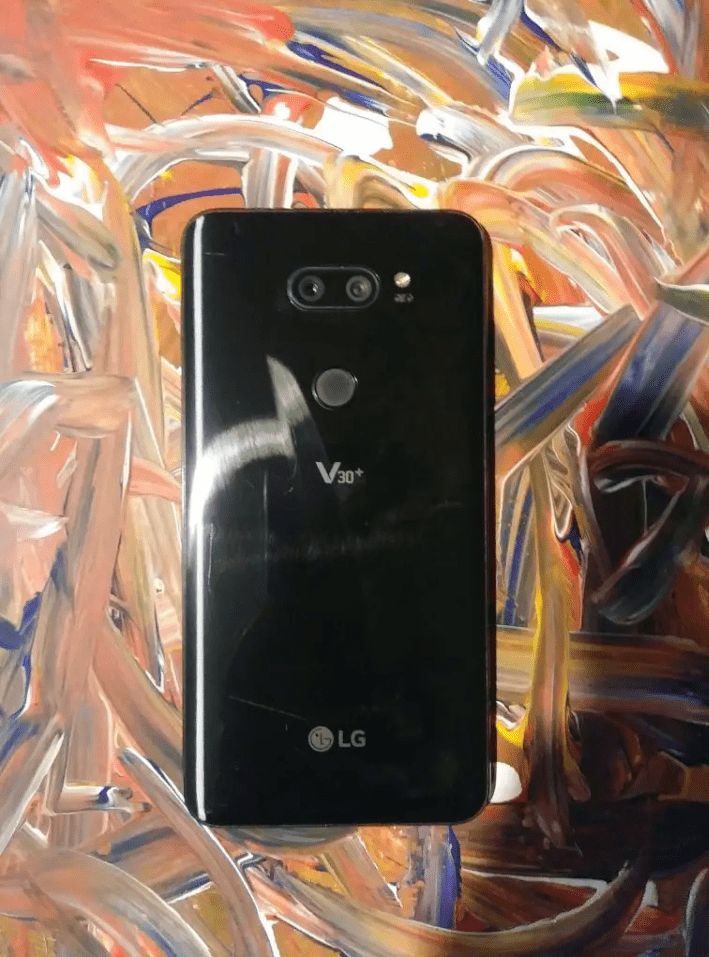 LG V30+ ThinQ Review