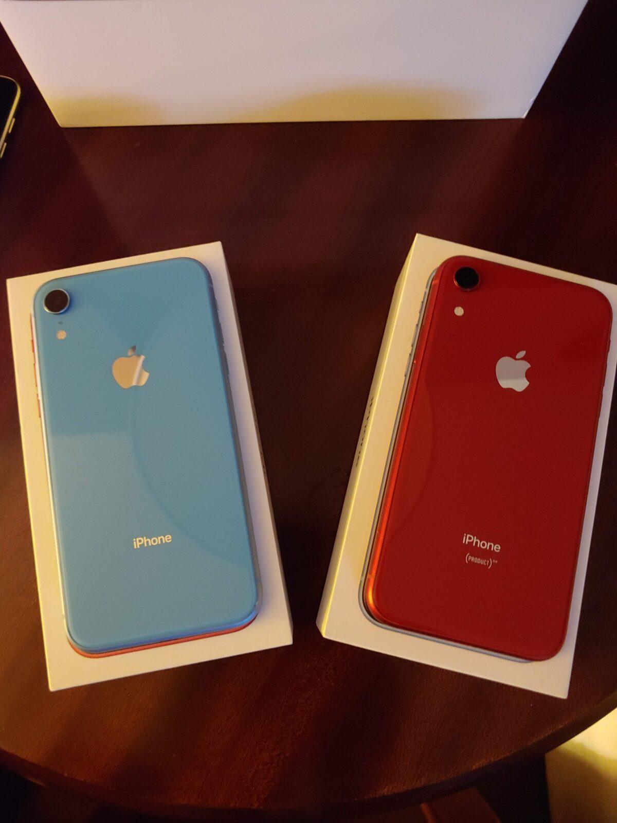 iPhone XR-RandB